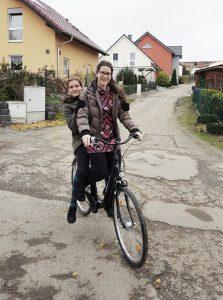 auf dem Fahrrad zu zweit, Foto: Helbig